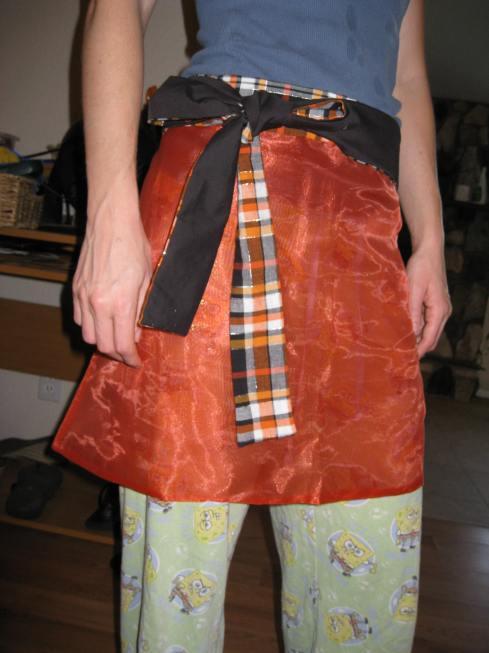 Halloween apron swap 09