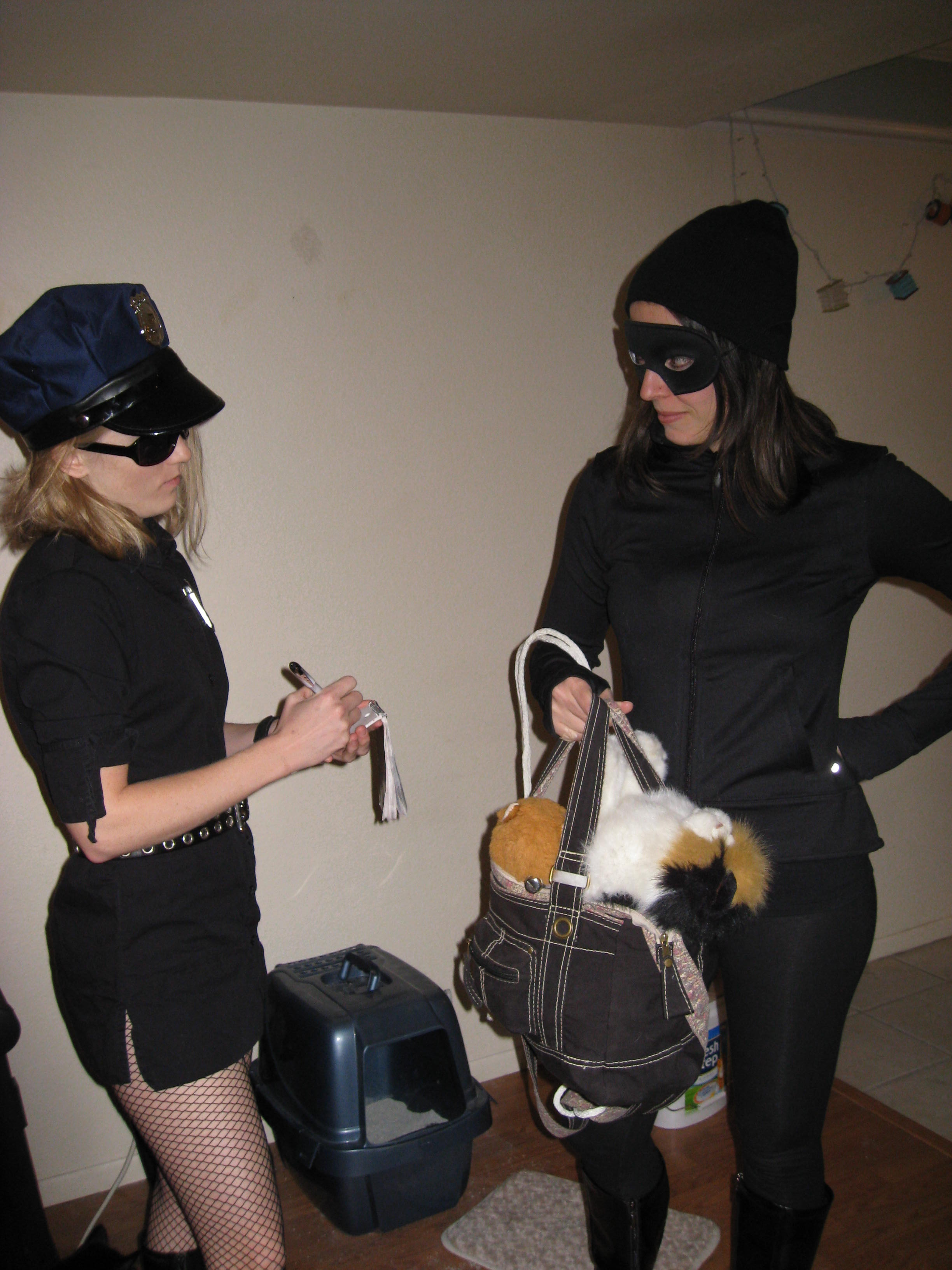 halloween 09 hot cop cat burglar ticket see her caressing her sexy hot caressing round sexy asses at po porn movies